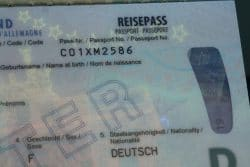 Reisepassnummer im Reisepass